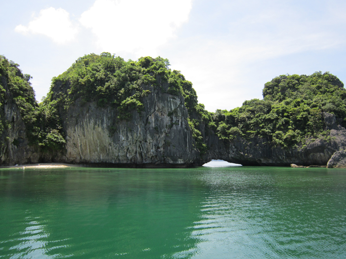 Halong Three peach Beach